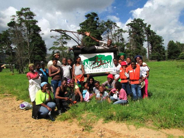 the whole groups at Entabeni Hlatikulu .RES