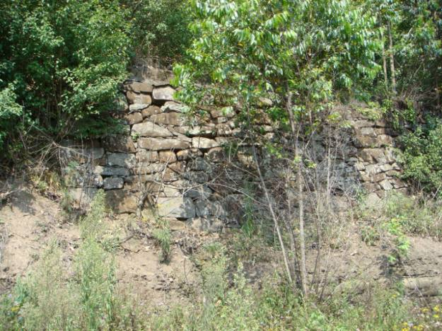 WVC - Ketelfontein Station wall from early 1900's (1)