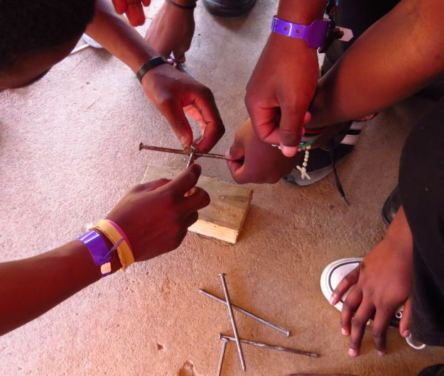 r nail balancing