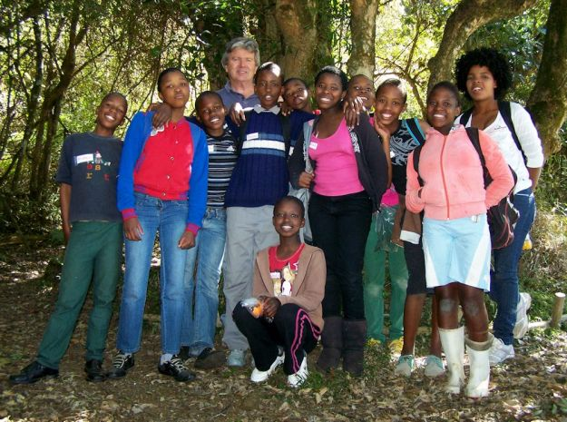 r Barend and Dargle school kids forest