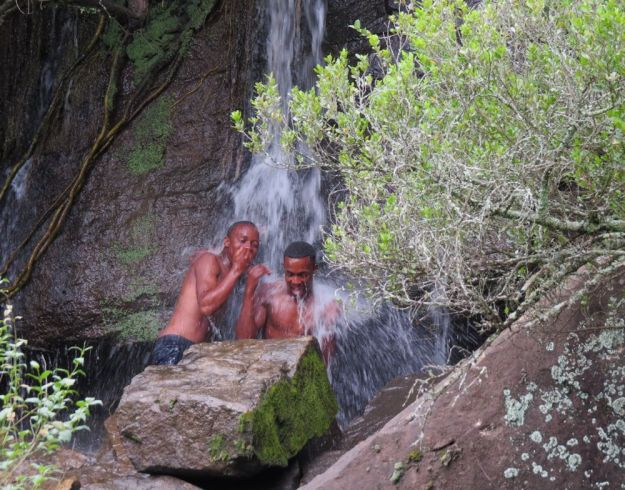 r snowflake bulelani nkulu waterfall