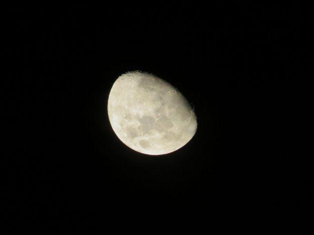 r snowflake moon